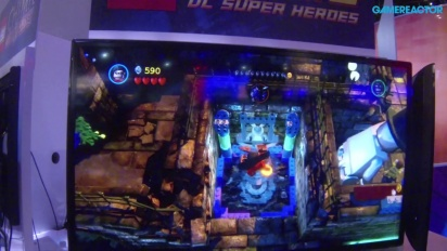 E3 13: Lego Batman 2: DC Super Heroes - Gameplay
